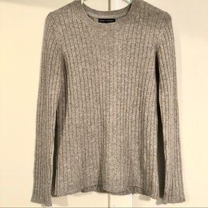 Banana Republic Wool Blend Sweater - Size Medium